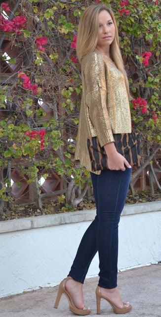http://www.blackwhiteblonde.blogspot.com/2013/01/golden-girl_6.html