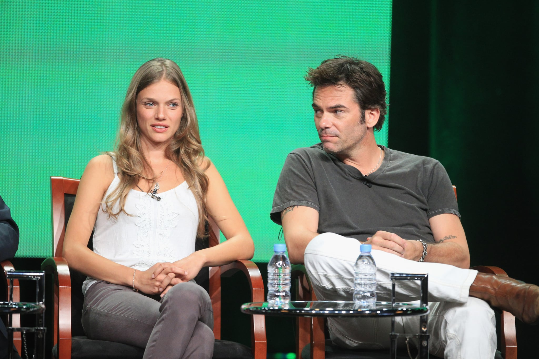 Stars Tracy Spiridakos and Billy Burke sat next to each other at the show's panel discussion.