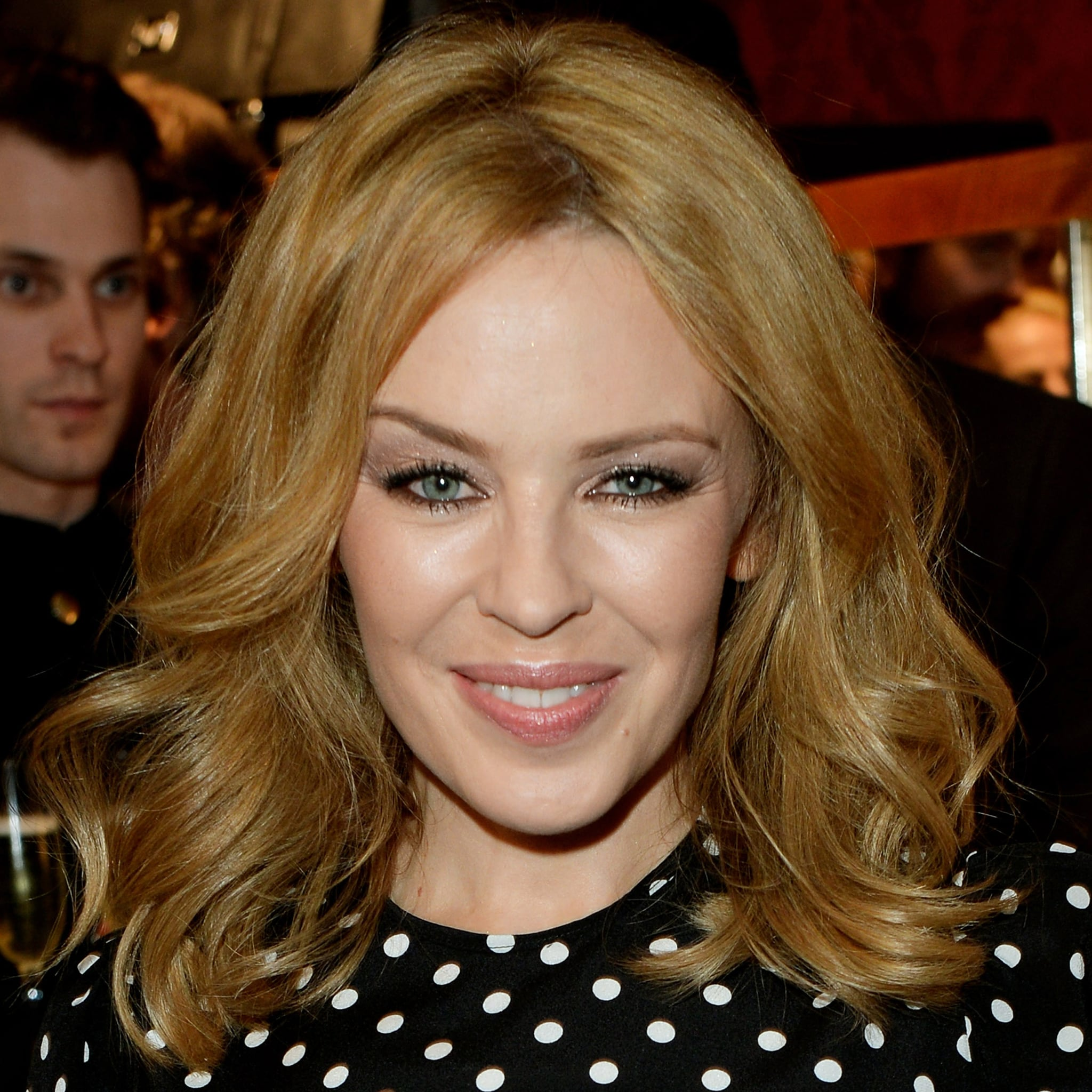 Kylie Minogue S Midlength Cut Celebrity Hairstyles