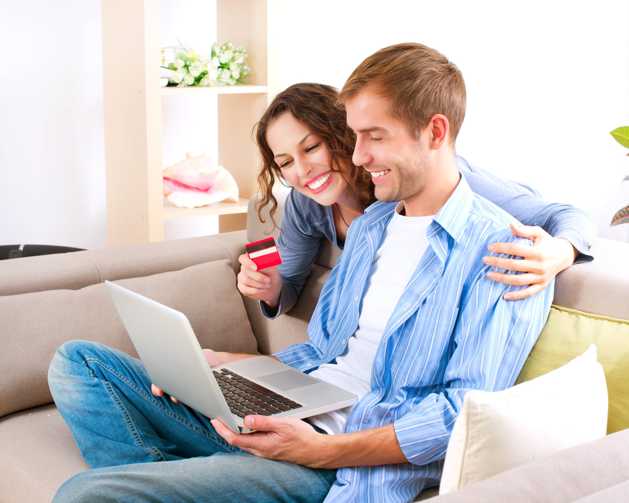 PopsugarLivingRelationshipsHow to Divide Expenses as a Couple4 Ways to Divide and Conquer Expenses as a CoupleFebruary 11, 2014 by Laura Marie Meyers46 SharesChat with us on Facebook Messenger. Learn what